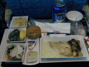 機内食1食目チキン