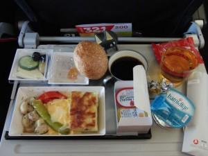 機内食3食目